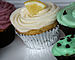 English: Frosted cupcakes from Mon Petit Cupca...