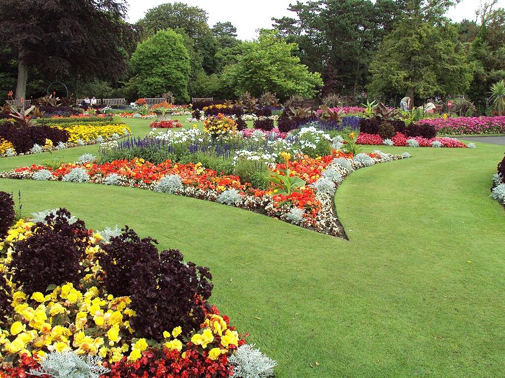 File:Flower Garden, Botanic Gardens, Churchtown 2.JPG