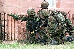 DMSD9800170 Members of a British Gurkha unit p...