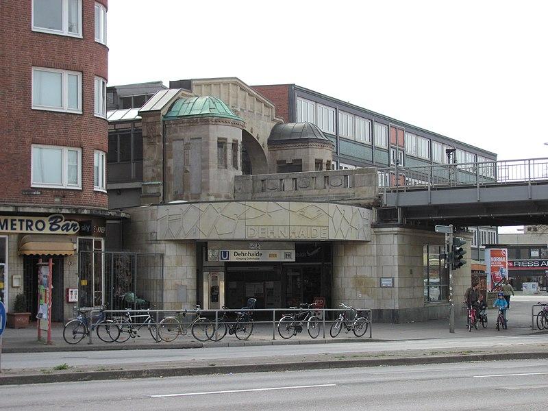 File:U-Bahnhof Dehnhaide Eingang.jpg