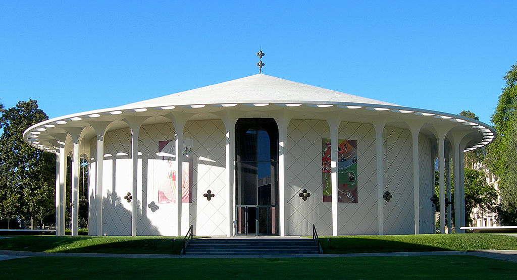 Beckman Auditorium, California Institute of Technology, Pasadena, California, 1960.