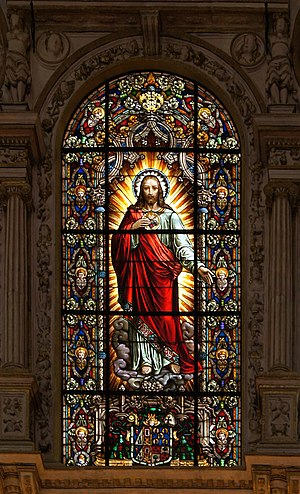 Stained glass window of the sacred Heart of Je...