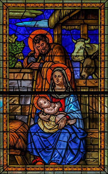 File:Stained glass in the Basilica of Our Lady of Chiquinquira 1.jpg