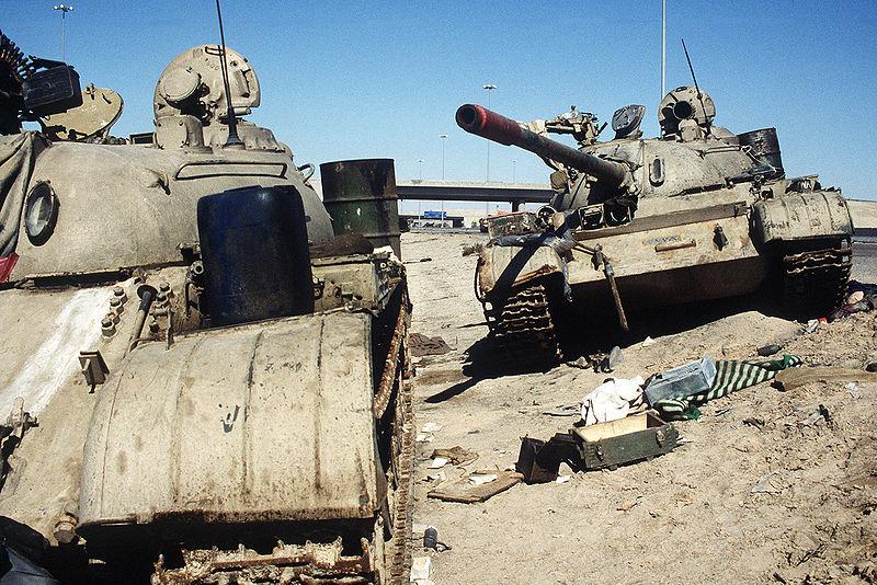 File:An Iraqi T-54, T-55 or Type 59 and T-55A on Basra-Kuwait Highway near Kuwait.JPEG