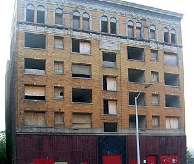 Cass Plaza Apartments Before Renovation And Restoration