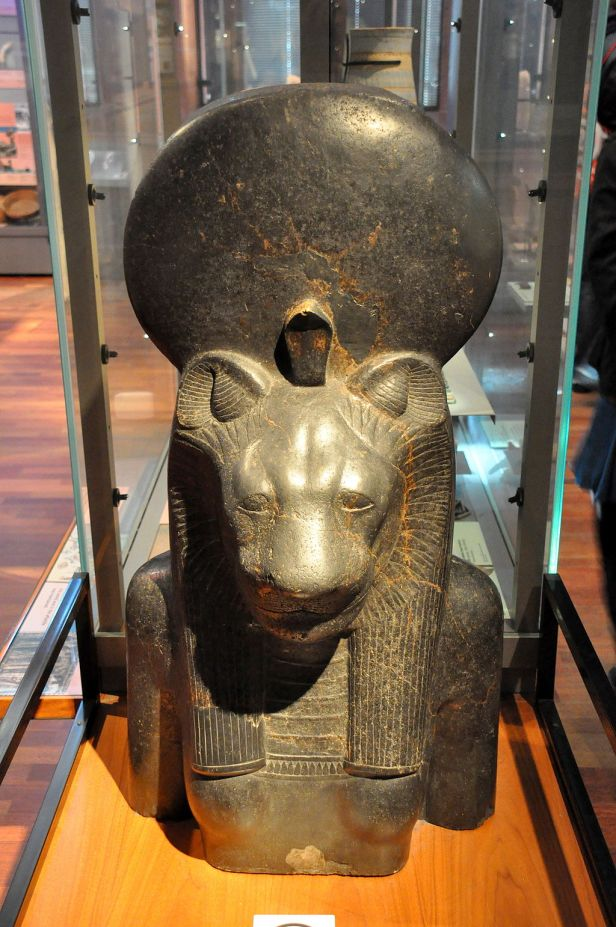 Upper torso and head of the goddess Sekhmet, Kelvingrove Art Gallery and Museum, Glasgow.