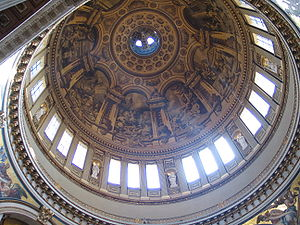 Looking up at the dome of St Paul's Cathedral ...