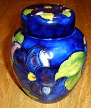 English: An example of a Moorcroft ginger jar,...