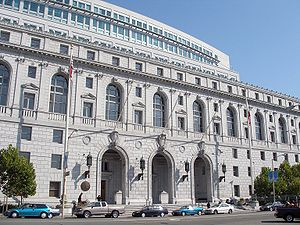 English: The Earl Warren Building and Courthou...