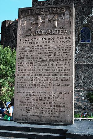 Monument to massacre in the Plaza de las Tres ...