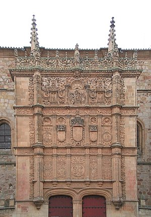Close up of the plateresque facade of the Univ...