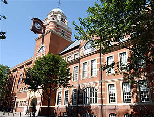English: City University's College Building on...