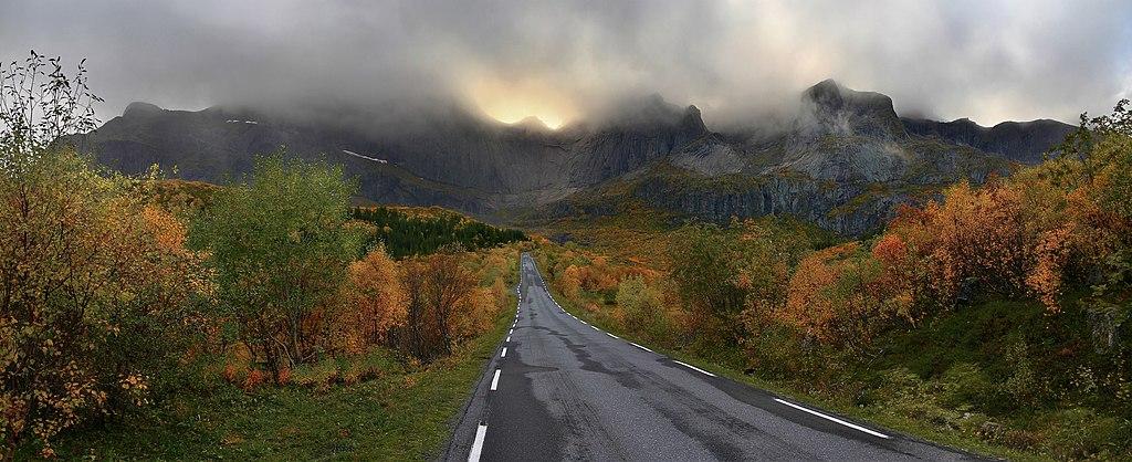 Nusfjord road, 2010 09