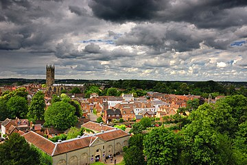 Warwick overview from the castle.jpg