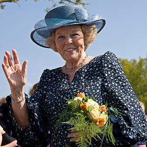 English: Queen Beatrix of the Netherlands in V...