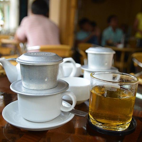 Berkas:Saigon cafe filtre 01.jpg