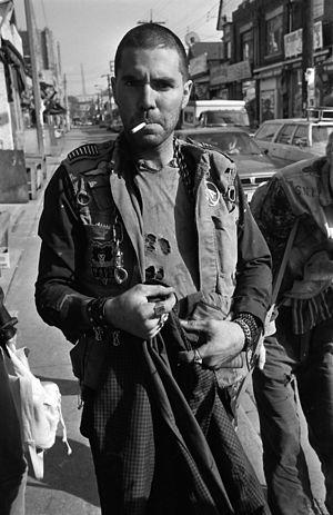 English: Crazy Steve Goof of punk band bunchof...