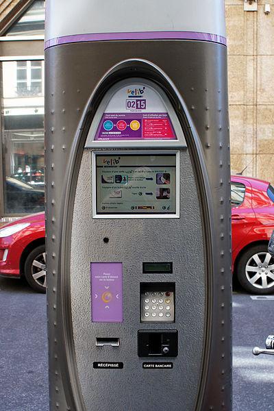 File:Paris 06 2012 Velib 2883.JPG