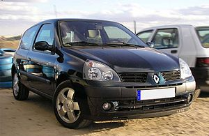 Second generation Renault Clio.