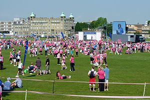 English: Race For Life 2011 at Parker's Piece,...