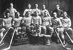 Team photo of the 1913 Stanley Cup Champions, ...