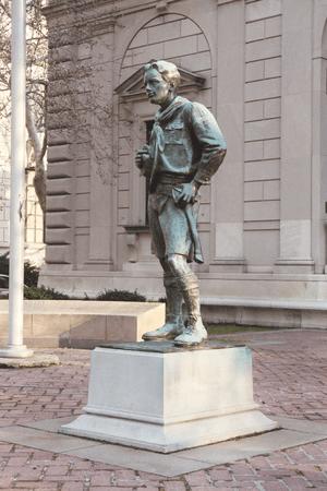 en: Ideal Scout Statue by Robert Tait McKenzie...