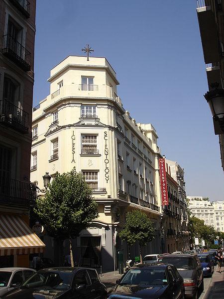 Sede de la Iglesia de la Cienciolog�a en Madrid (España).
