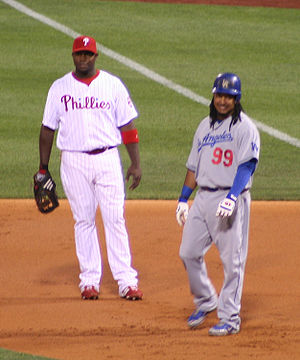 Ryan Howard (left) and Manny Ramirez