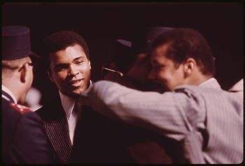 WORLD HEAVYWEIGHT BOXING CHAMPION MUHAMMAD ALI...