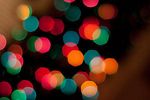 English: A bokeh of Christmas lights.