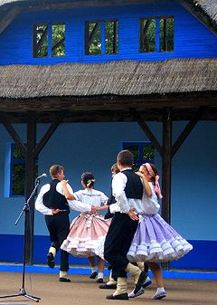 Slovak-Traditional-Music-Festival-Glozan-Serbia.jpg