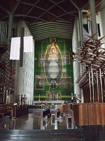 File:The High Altar And Tapestry, Coventry Cathedral.jpg