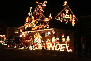English: Christmas lights in Haughton, Staffor...