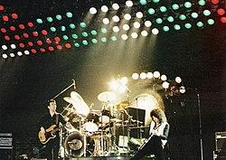 A banda em concerto em Hannover, 1979