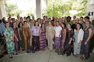 Laura Bush with Ghana Peace Corps volunteers