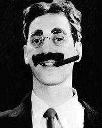 Wikipedia: Groucho Marx en 1.931