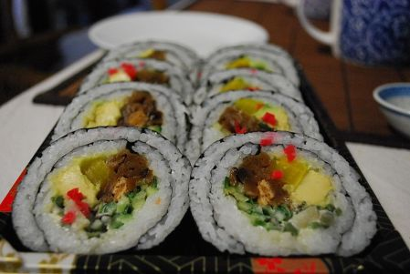 File:Vegetarian Maki Sushi at Suzuran Japan Foods Trading.jpg