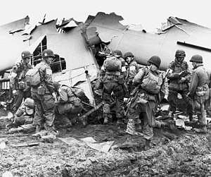 101st Airborne Division troops that landed beh...
