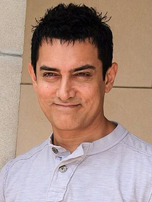 English: Aamir Khan at the 2010 Toronto Intern...