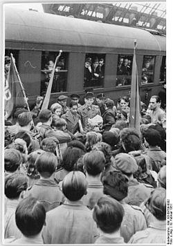 Die ersten indischen International Students kommen in die damalige DDR-Stadt Dresden an die Einschreibung an der Technischen Universität Dresden im Jahr 1951
