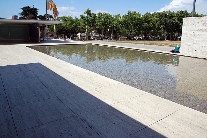 Pabellón Mies en Barcelona, España - Wikimedia Commons