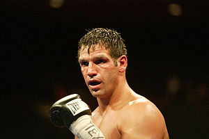 English: Lou Savarese on in El Paso, TX fighti...