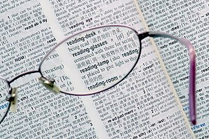 English: Reading glasses. 中文(繁體): 老花眼鏡