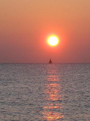 English: sunrise on adriatic sea Italiano: alb...