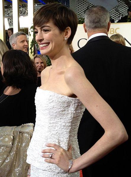 File:Anne Hathaway 2013.jpg