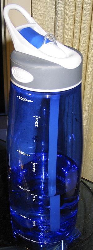 A blue 1-liter CamelBak water bottle containin...