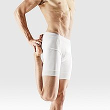 Mr-yoga-debout les bras de borth à foot.jpg