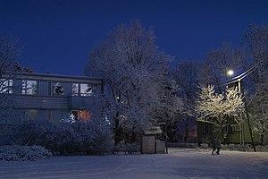 Suomi: Karjakujan ja Kulmalankadun risteyksest...