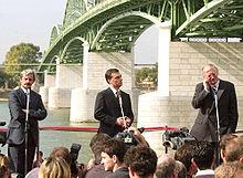 Mikuláš Dzurinda, Viktor Orbán and Günter Verheugen open the Mária Valéria Bridge across the Danube connecting the Slovak town of Štúrovo with Esztergom in Hungary.