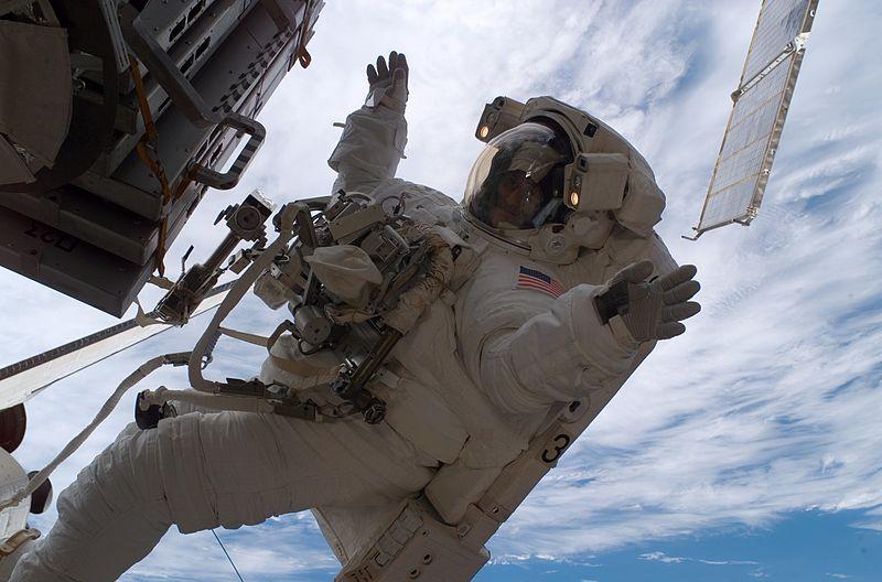 File:Sunita Williams astronaut spacewalk.jpg